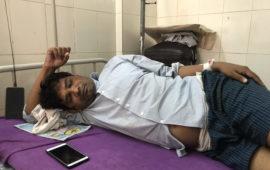 मोतिहारी में हमले के शिकार असिस्टेंट प्रोफेसर संजय कुमार पीएमसीएच से एम्स, दिल्ली के लिए रेफर