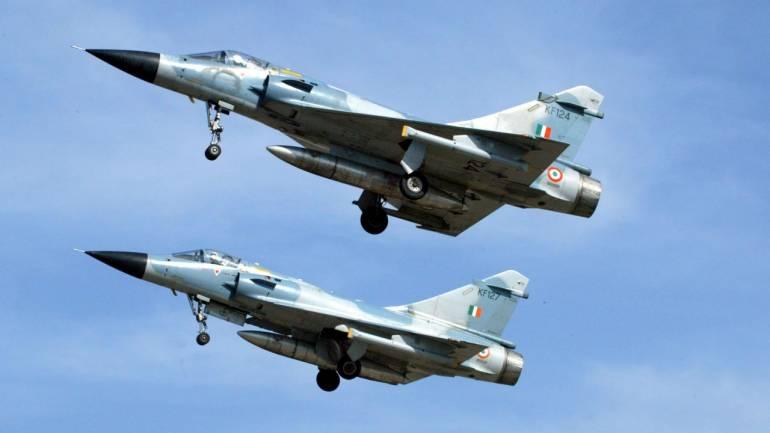 भारतीय वायु सेना ने पाकिस्तान के आतंकी ठिकानों पर बरसाए बम, पाक ने की पुष्टि…