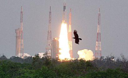 चांद की ओर चला Chandrayaan-2, दुनिया ने देखा भारत का दम…