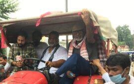 बिहार में चुनाव की घोषणा के साथ लाठी-डंडे की जोर आजमाइश शुरू