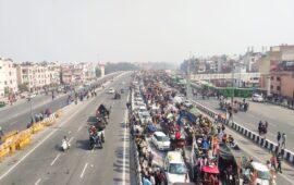 गणतंत्र दिवस और किसान आंदोलन, रुकने का नाम नहीं ले रहा किसानों का काफिला…