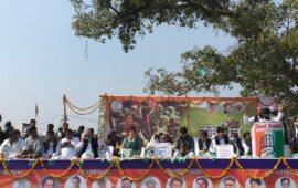 टिकैत के आंसूओं और पश्चिमी उत्तरप्रदेश की खदबदाहट में 'कांग्रेस' के लिहाज से क्या है?